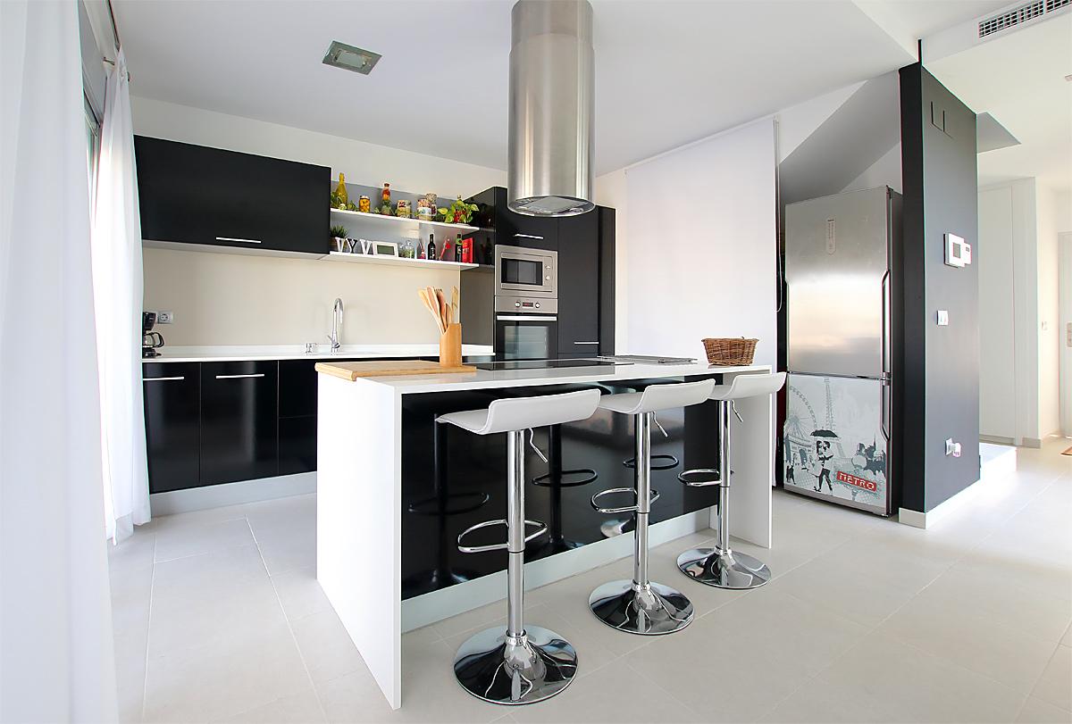 diseño cocina vivienda unifamiliar - LinkeHome Arquitectos